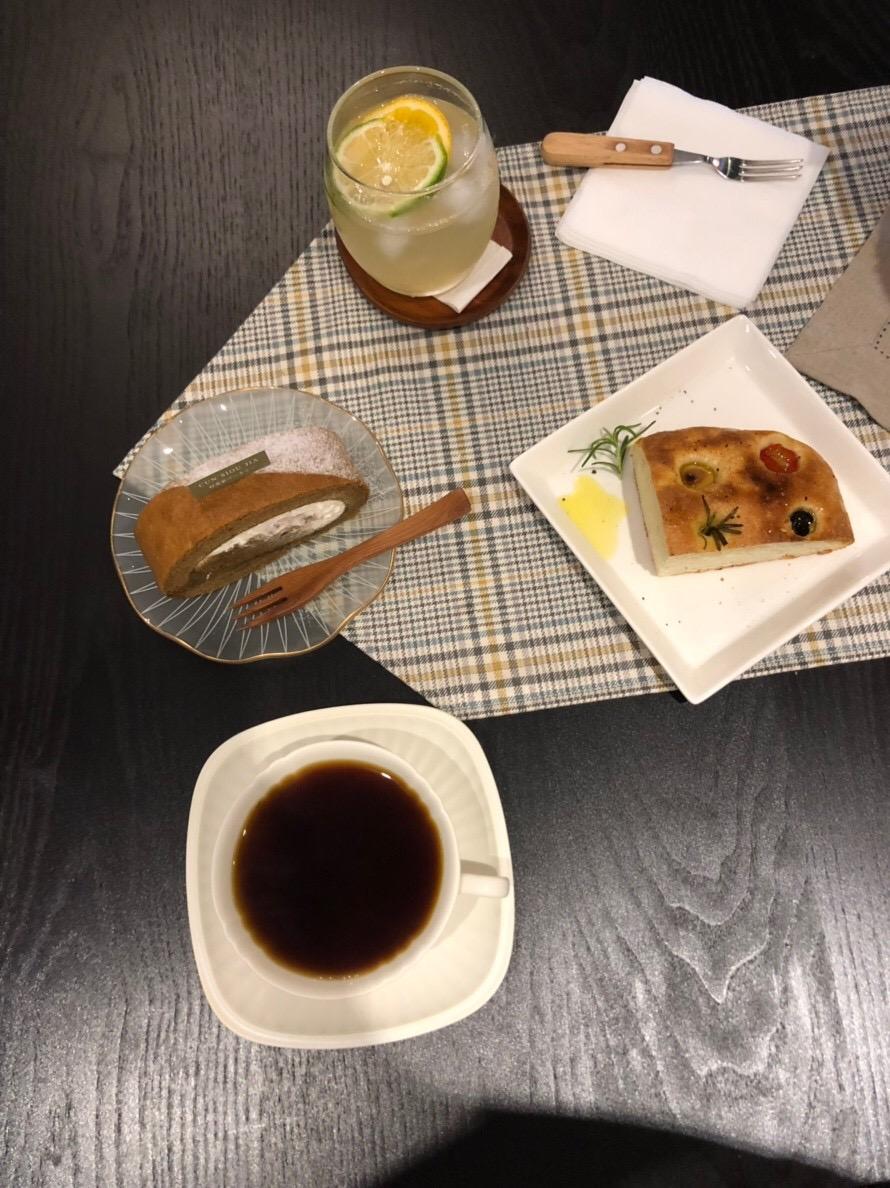 《咖啡廳》Cun Siou Jia 村秀家 ベーカリーㄝ,美味戚風蛋糕,台北市 民權西路捷運站(2019.01.28更新)